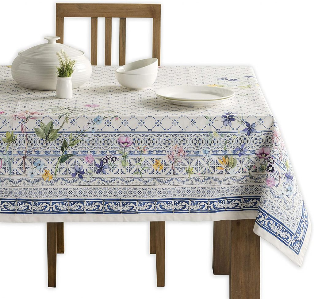 french lifestyle table cloth from amazon